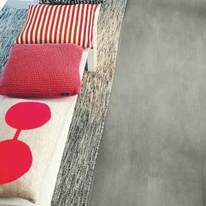 Pergo-Klick-Vinyl-Click-Vinylfliesen-Tiles-Beton-Dunkelgrau-Dark-Grey-Concrete-V2120-40051-V3120-40051_2